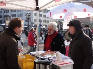 Caritas Darmstadt e.V. Infostand am 04.12.2010, Luisenplatz Darmstadt