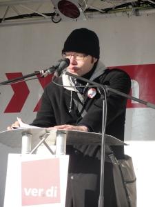 David Skurowski, Darmstädter Sozialhilfegruppe am 04.12.2010, Luisenplatz Darmstadt